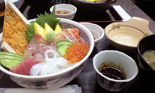 博多で美味いものを食べる